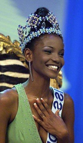 Agbani Darego 2001